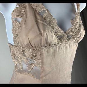 TOPSHOP/HONEY PUNCH CREAM SILK DRESS